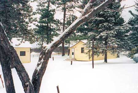 winter cabins3 450pix